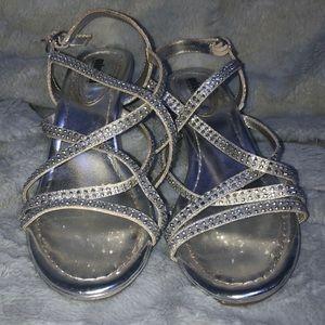Low sparkly silver heel
